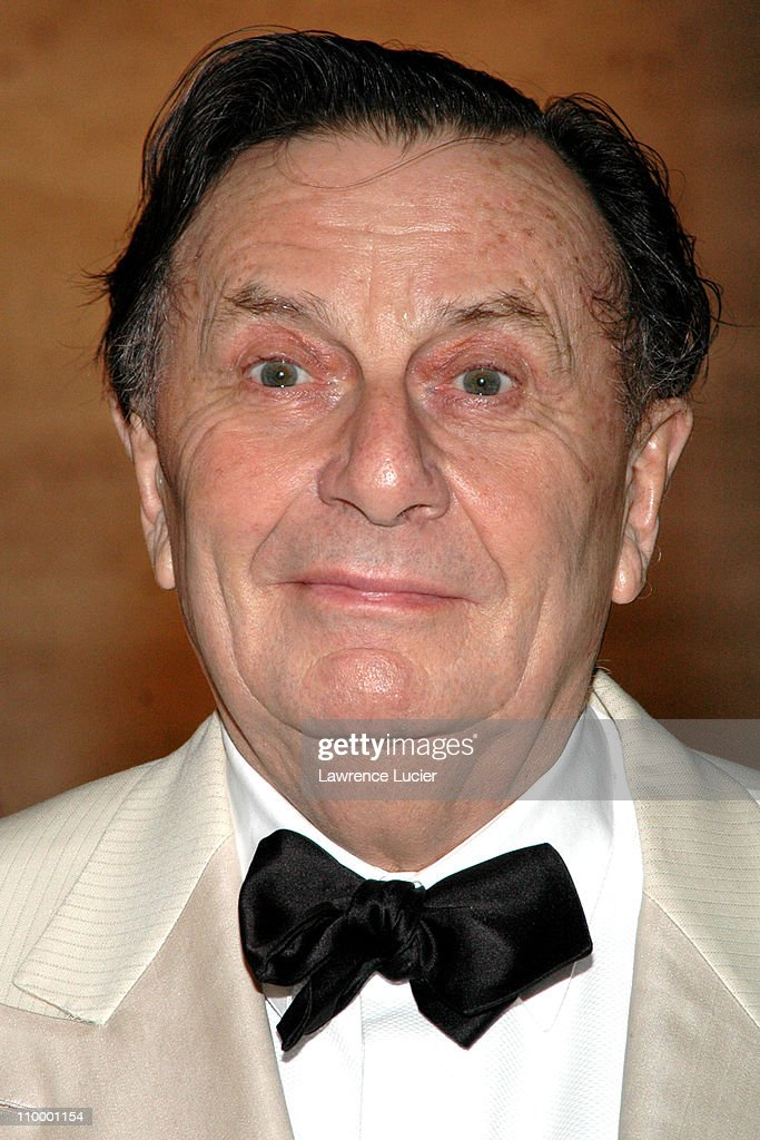 <a gi-track='captionPersonalityLinkClicked' href=/galleries/search?phrase=Barry+Humphries&family=editorial&specificpeople=206650 ng-click='$event.stopPropagation()'>Barry Humphries</a> during The All-Star Stephen Sondheim 75th Birthday Celebration Children and Art at Four Seasons Restaurant in New York City, New York, United States.