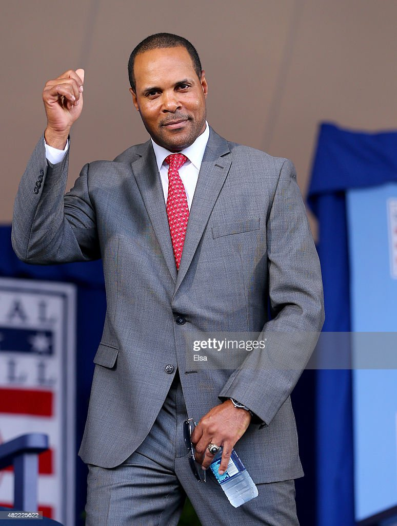 <a gi-track='captionPersonalityLinkClicked' href=/galleries/search?phrase=Barry+Larkin&family=editorial&specificpeople=204522 ng-click='$event.stopPropagation()'>Barry Larkin</a> attends the Hall of Fame Induction Ceremony at National Baseball Hall of Fame on July 26, 2015 in Cooperstown, New York. Craig Biggio,Pedro Martinez,Randy Johnson and John Smoltz were inducted in this year's class.