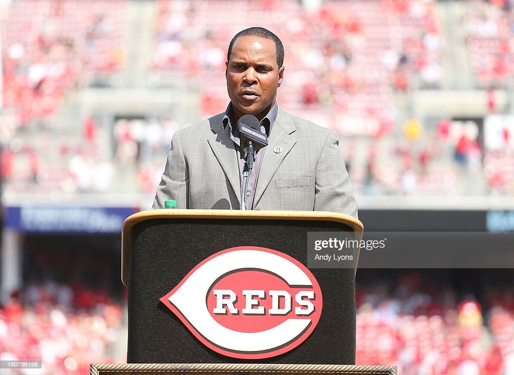 <a gi-track='captionPersonalityLinkClicked' href=/galleries/search?phrase=Barry+Larkin&family=editorial&specificpeople=204522 ng-click='$event.stopPropagation()'>Barry Larkin</a> talks to the crowd during the ceremony in which the Reds retired Larkin's number before the start of the St. Louis Cardinals game against the Cincinnati Reds at Great American Ball Park on August 25, 2012 in Cincinnati, Ohio.