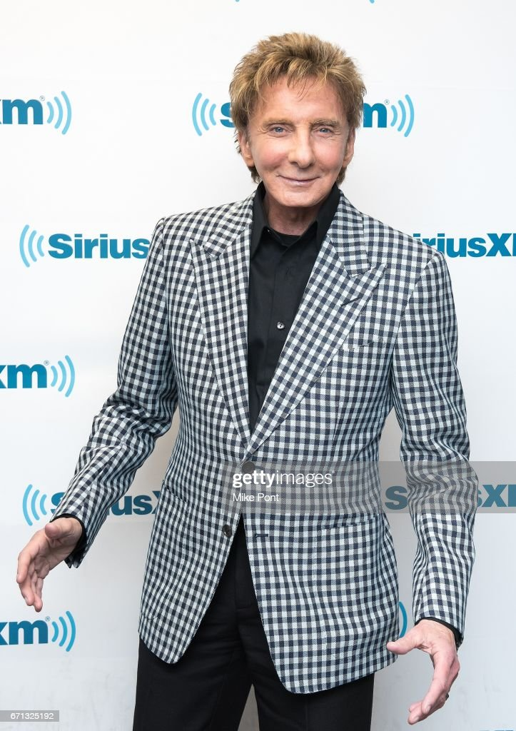 Barry Manilow visits SiriusXM Town Hall at SiriusXM Studios on April 21, 2017 in New York City.