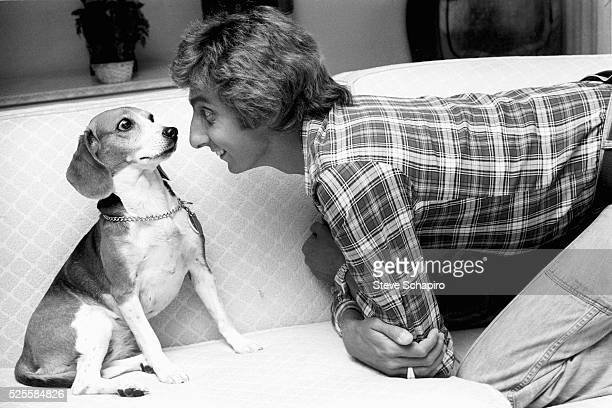 Barry Manilow with Beagle
