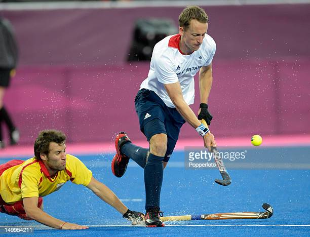 Barry Middleton of Great Britain during the Men's Hockey match between Great Britain and Spain on Day 11 of the London 2012 Olympic Games at...