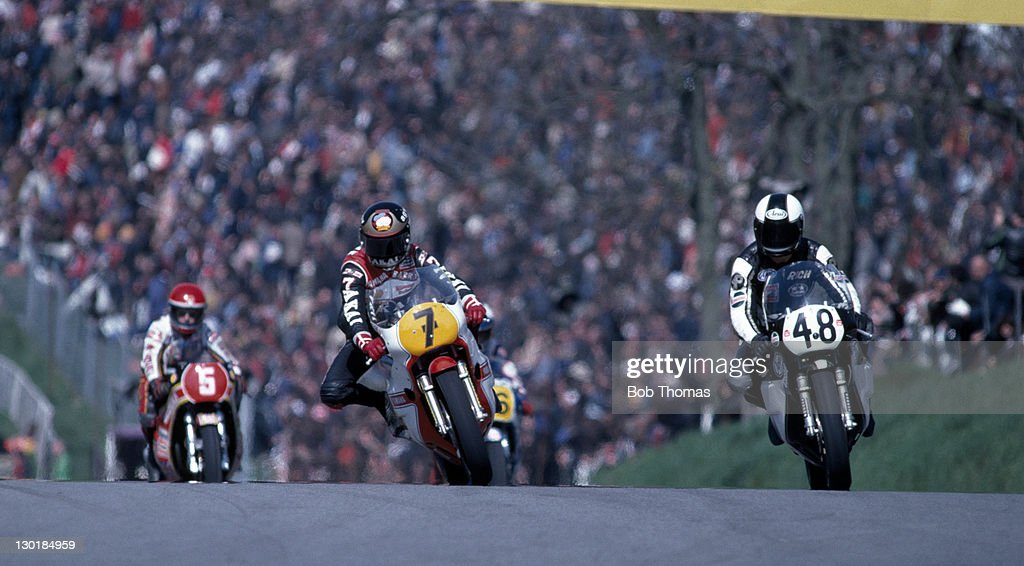 <a gi-track='captionPersonalityLinkClicked' href=/galleries/search?phrase=Barry+Sheene&family=editorial&specificpeople=600476 ng-click='$event.stopPropagation()'>Barry Sheene</a> (7) of Great Britain in action during the Transatlantic Trophy Motorcycle meeting at Brands Hatch, circa 1981.