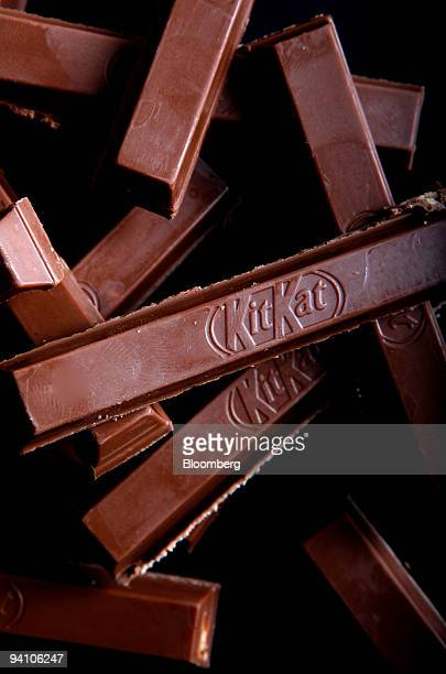 Bars of KitKat chocolate produced by Nestle SA sit arranged for a photograph in London UK on Monday Dec7 2009 Nestle SA the world's biggest food...