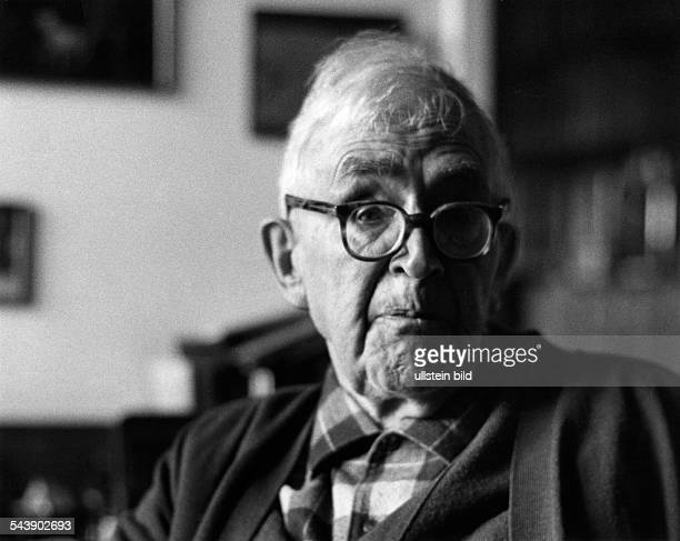 Barth Karl Theologian Switzerland*10051886 Portrait three days before his death Photographer Bernhard MoosbruggerVintage property of ullstein bild