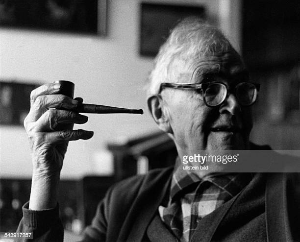 Barth Karl Theologian Switzerland*10051886 Portrait with a pipe three days before his death Photographer Bernhard MoosbruggerVintage property of...