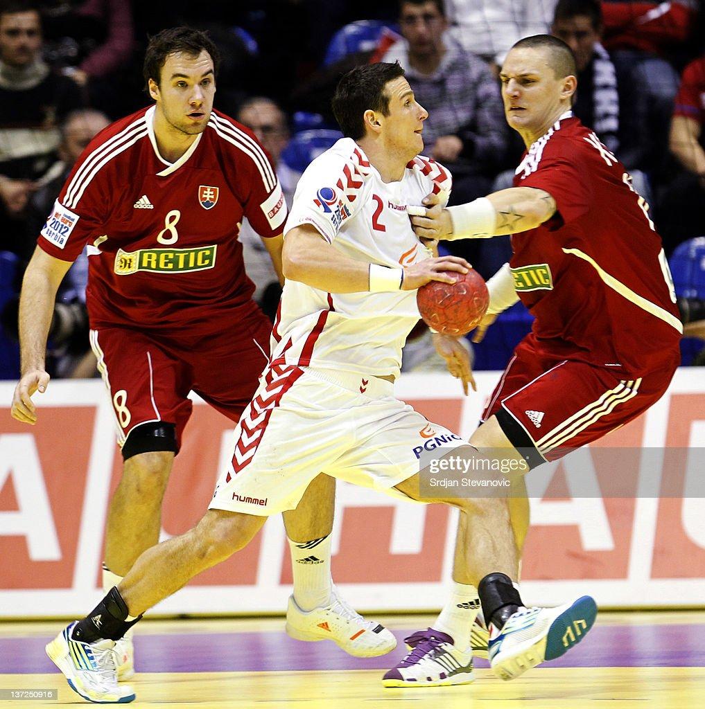 Slovakia v Poland - Men's European Handball Championship 2012