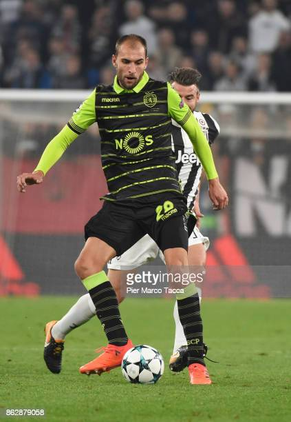 Bas Dost of Sporting in action during the UEFA Champions League group D match between Juventus and Sporting CP at Juventus Stadium on October 18 2017...