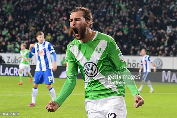 Bas Dost of Wolfsburg celebrates scoring his second goal during to the Bundesliga match between VfL Wolfsburg and Hertha BSC Berlin at Volkswagen...