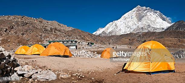 ベースキャンプテントヒマラヤピークヌプチェ Gorak シェップ・ネパールのパノラマ