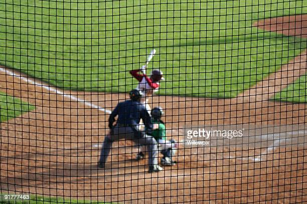 Base-ball Batter Arbitre de Baseball attente pour terrain