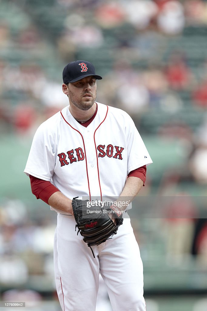 Boston Red Sox John Lackey (41) in action, pitching vs Toronto Blue Jays at Fenway Park. Damian Strohmeyer F46 )