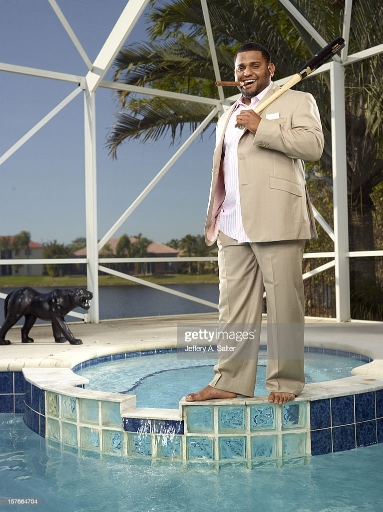 Casual portrait of San Francisco Giants Pablo Sandoval posing during photo shoot at his home. Jeffery A. Salter F34 )