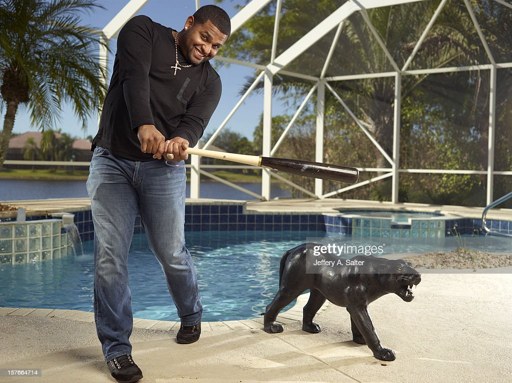 Casual portrait of San Francisco Giants Pablo Sandoval posing during photo shoot at his home. Jeffery A. Salter F240 )