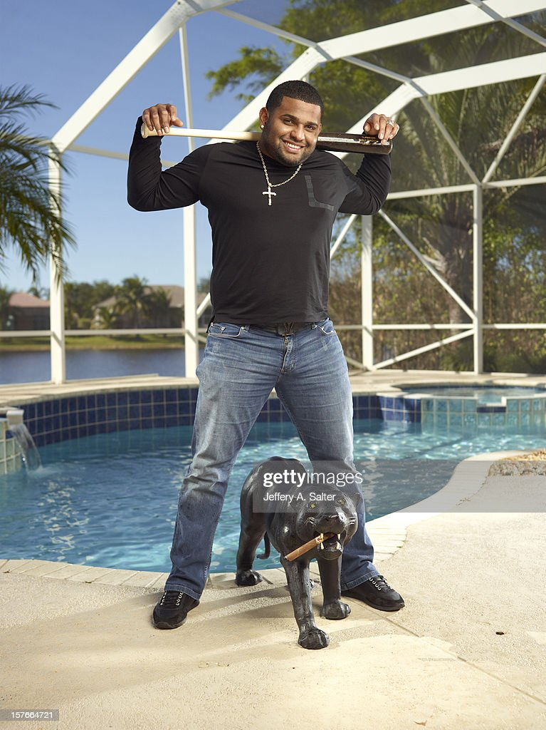 Casual portrait of San Francisco Giants Pablo Sandoval posing during photo shoot at his home. Jeffery A. Salter F234 )