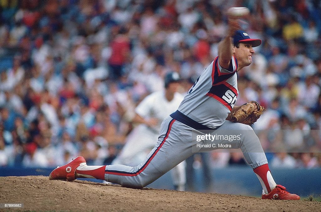 Chicago White Sox Tom Seaver (41) in action, pitching vs New York Yankees. Seaver earned 300th career win. Bronx, NY 8/4/1985