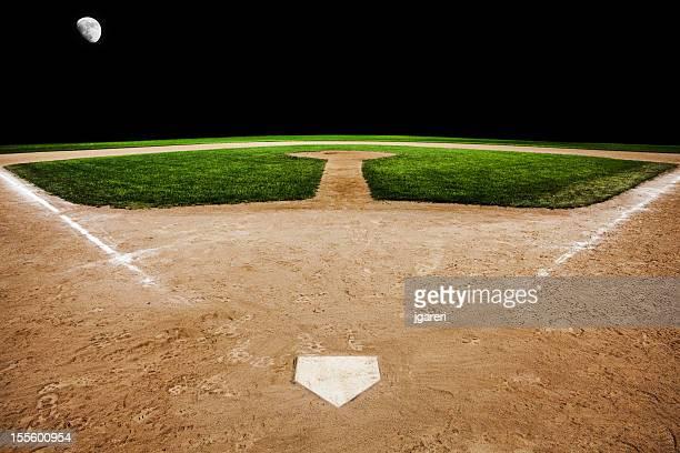 Baseball diamond bei Nacht