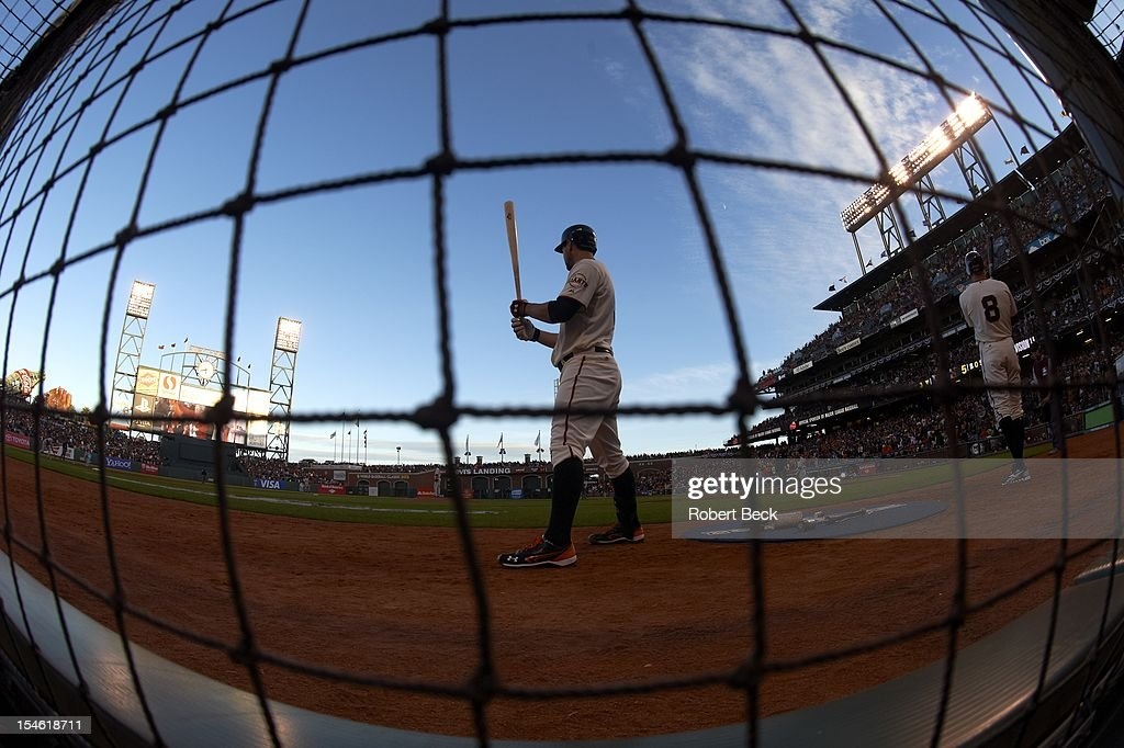 Fisheye view of San Francisco Giants player in on deck circle during game vs St. Louis Cardinals at AT&T Park. Game 6. Robert Beck X155642 TK2 R1 F46 )