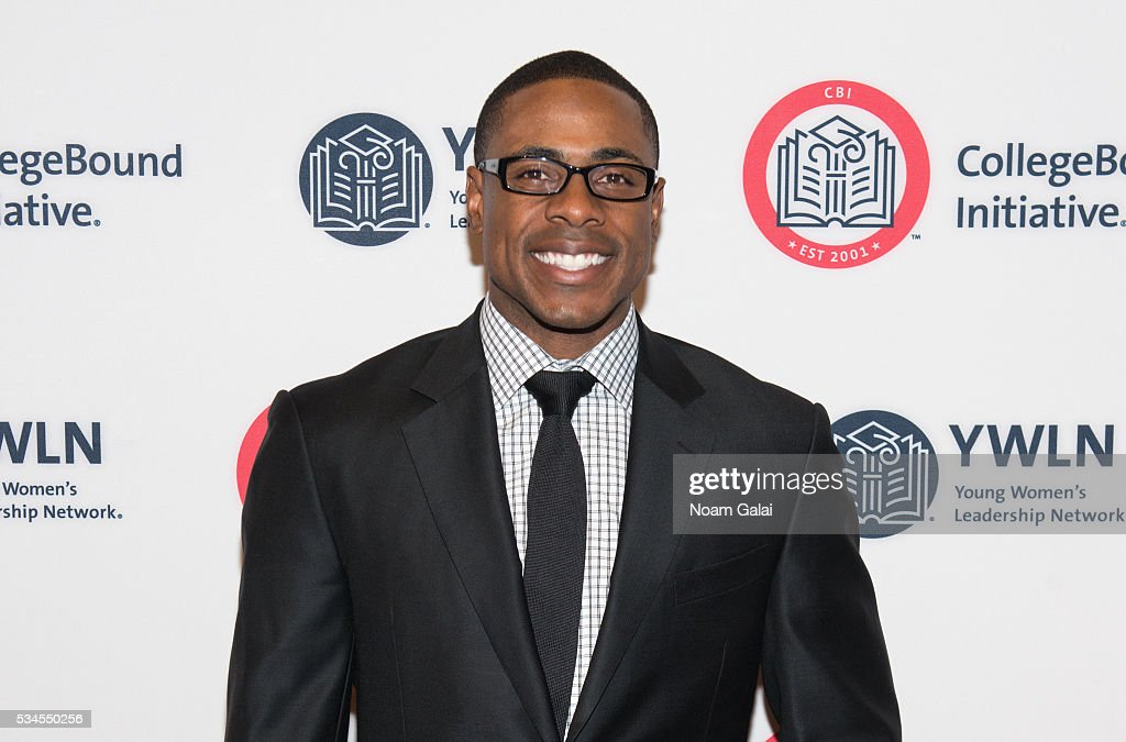 Baseball outfielder <a gi-track='captionPersonalityLinkClicked' href=/galleries/search?phrase=Curtis+Granderson&family=editorial&specificpeople=546997 ng-click='$event.stopPropagation()'>Curtis Granderson</a> attends the 2016 CollegeBound Initiative celebration at Jazz at Lincoln Center on May 26, 2016 in New York City.