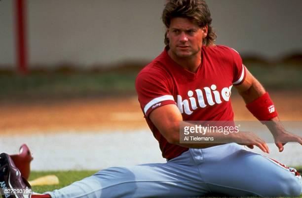 Philadelphia Phillies Darren Daulton stretching during spring training Florida 3/9/1992 CREDIT Al Tielemans
