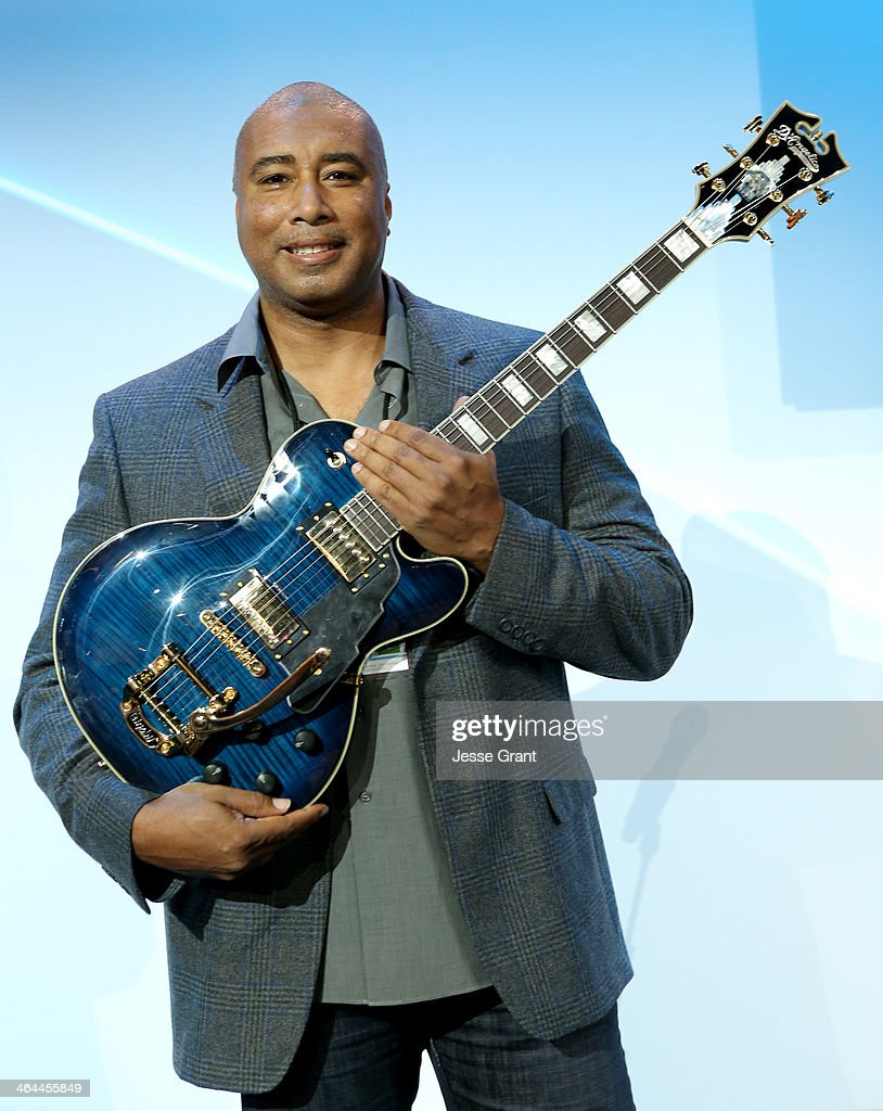 Baseball player <a gi-track='captionPersonalityLinkClicked' href=/galleries/search?phrase=Bernie+Williams&family=editorial&specificpeople=175814 ng-click='$event.stopPropagation()'>Bernie Williams</a> presents D'Angelico guitars at the 2014 National Association of Music Merchants show media preview day at the Anaheim Convention Center on January 22, 2014 in Anaheim, California.