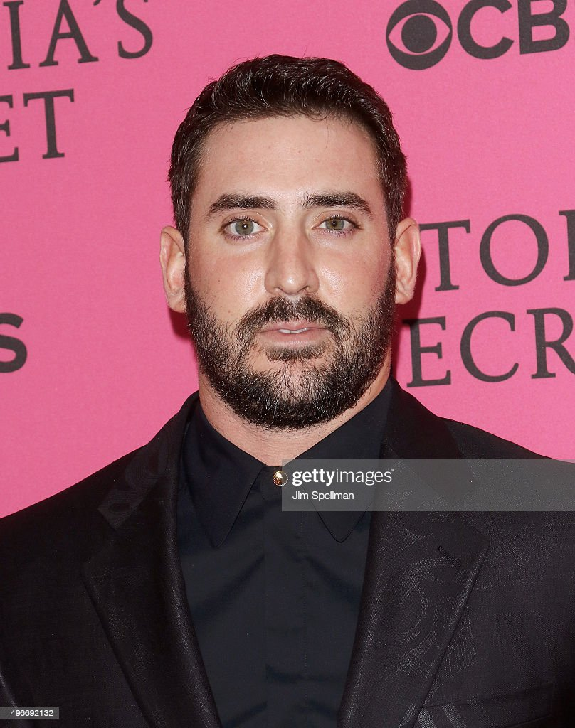 Baseball player Matt Harvey attends the 2015 Victoria's Secret Fashion Show pink carpet arrivals at Lexington Armory on November 10, 2015 in New York City.
