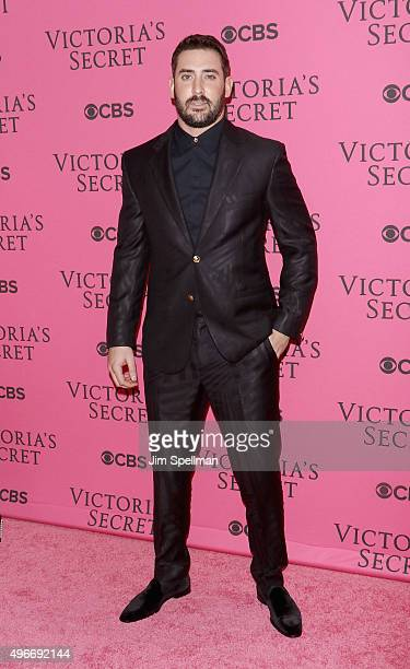 Baseball player Matt Harvey attends the 2015 Victoria's Secret Fashion Show pink carpet arrivals at Lexington Armory on November 10 2015 in New York...