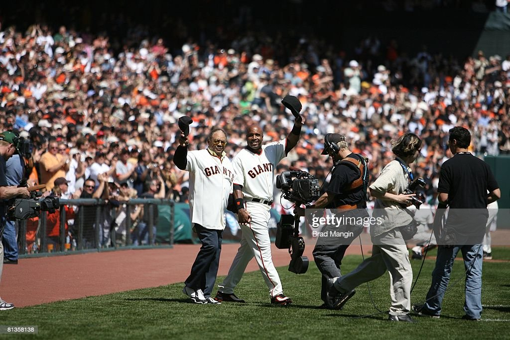 Baseball San Francisco Giants Barry Bonds with Godfather and former player/ Hall of Famer Willie Mays before opening day game vs San Diego Padres San...