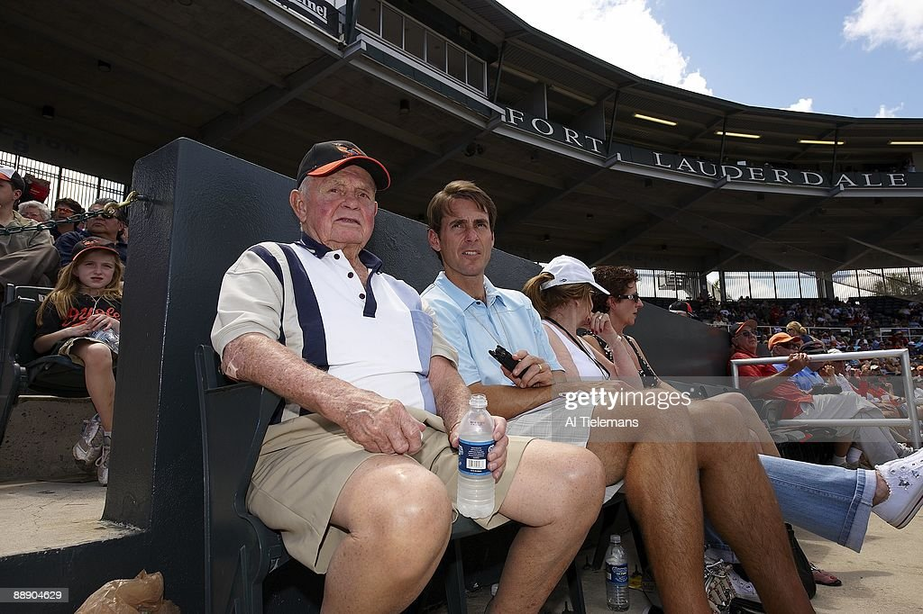 Portrait of Hall of Famer and former Baltimore Orioles manager Earl Weaver with SI senior writer Tom Verducci during spring training game vs St. Louis Cardinals at Fort Lauderdale Stadium. Fort Lauderdale, FL 3/13/2009
