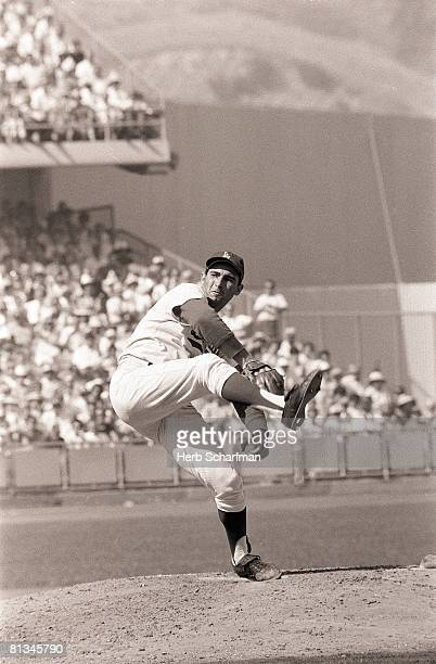 Baseball World Series Los Angeles Dodgers Sandy Koufax in action pitching vs Minnesota Twins Game 5 Los Angeles CA