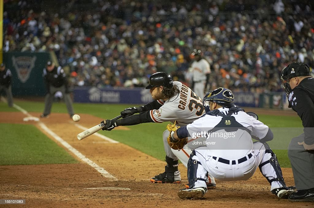San Francisco Giants Brandon Crawford (35) in action, at bat bunting vs Detroit Tigers at Comerica Park. Game 4. John Biever F2 )