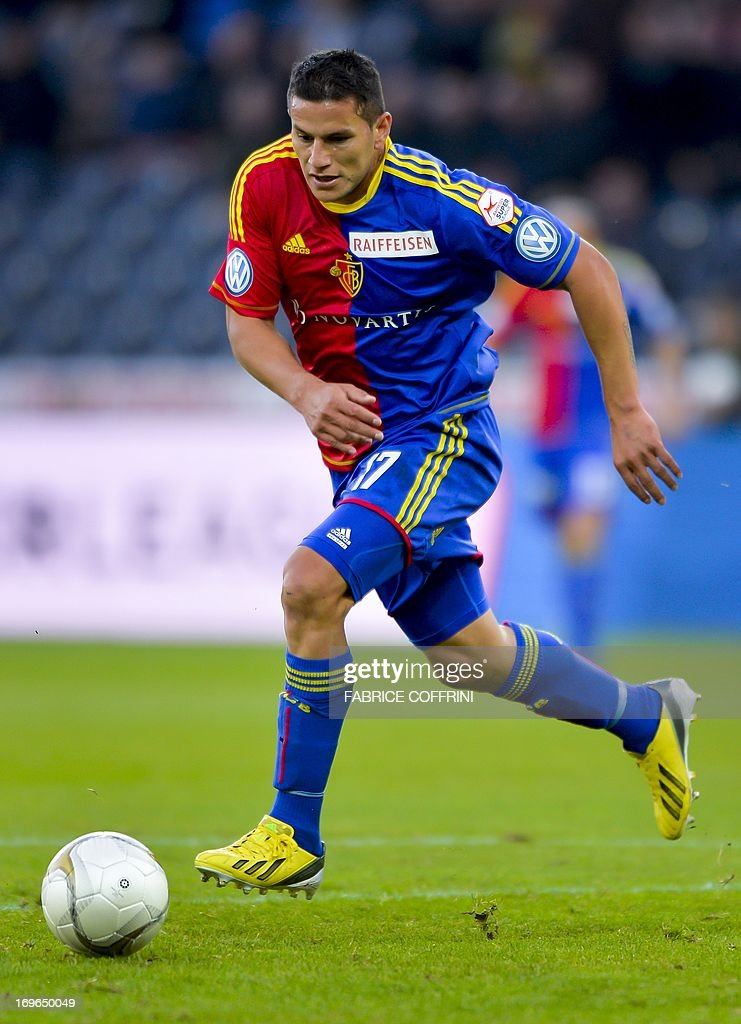 FC Basel's forward Raul Bobadilla controls the ball on May 29, 2013 during a Swiss football Super League match against Bern Young Boys in Bern.