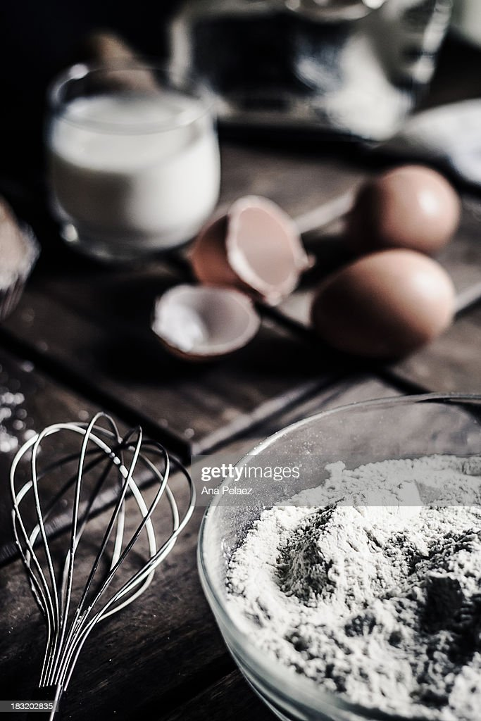 Basic ingredients for a cake : Stock Photo