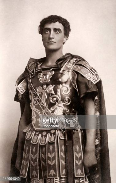 an overview of the role of brutus in julius caesar a play by william shakespeare Character summary  brutus: friend of caesar, and leading member of the  conspirators caesar: ruler of rome  tintinius: an ally of cassius and brutus.