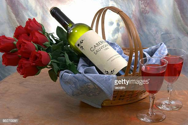 Korb mit Wein & Rosen#2