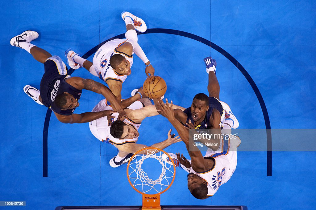 Aerial view of Memphis Grizzlies Tony Allen (9) and Darrell Arthur (00) in action vs Oklahoma City Thunder Nick Collison (4), Russell Westbrook (0) and Kevin Durant (35) at Chesapeake Energy Arena. Greg Nelson F58 )