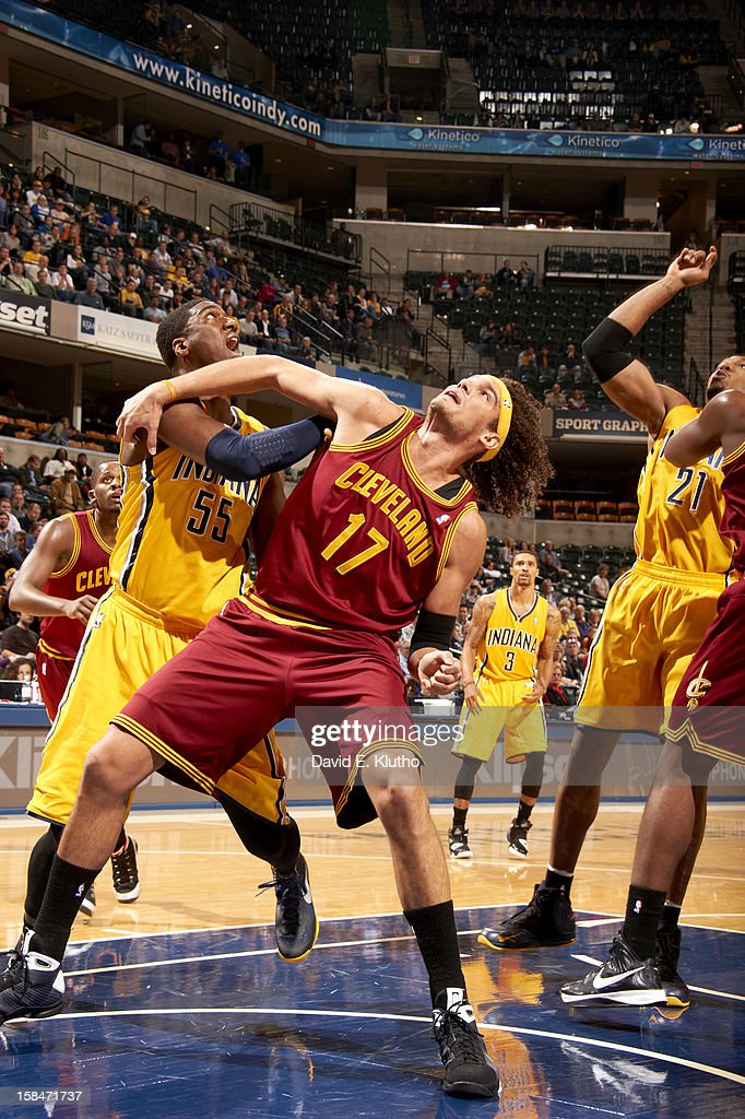Cleveland Cavaliers Anderson Varejao (17) in action, box out vs Indiana Pacers Roy Hibbert (55) at Bankers Life Fieldhouse. David E. Klutho F42 )