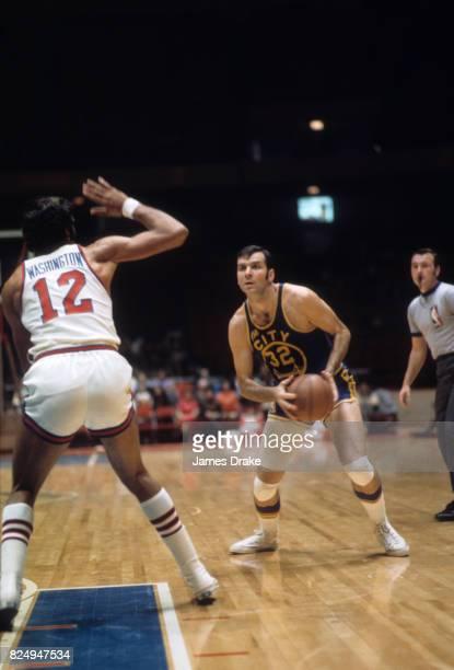 Golden State Warriors Jerry Lucas in action vs Philadelphia 76ers at The Spectrum Philadelphia PA CREDIT James Drake