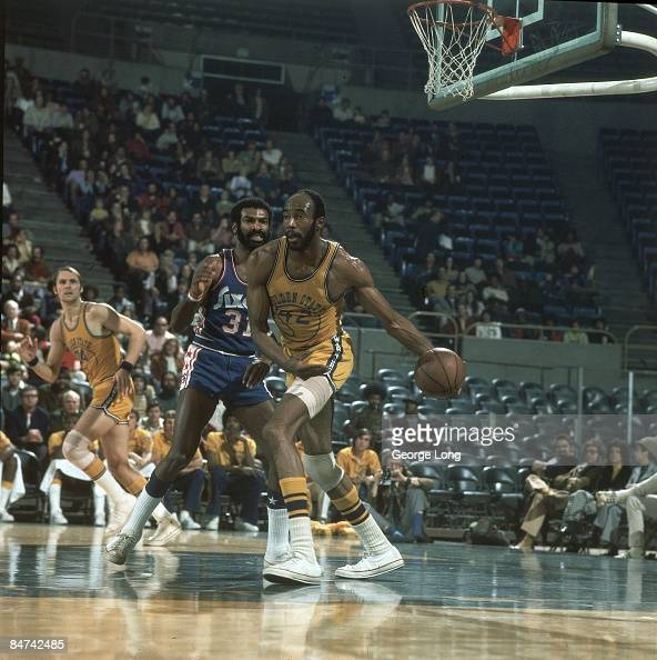 When Do Warriors Move To San Francisco: Nate Thurmond Stock Photos And Pictures