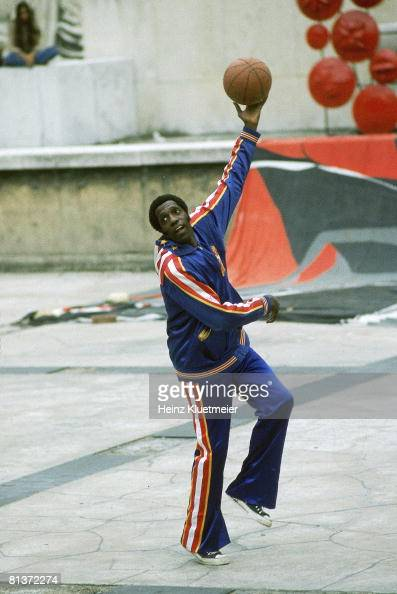 Basketball Harlem Globetrotters Meadowlark Lemon in action during practice Paris FRA 6/29/1978
