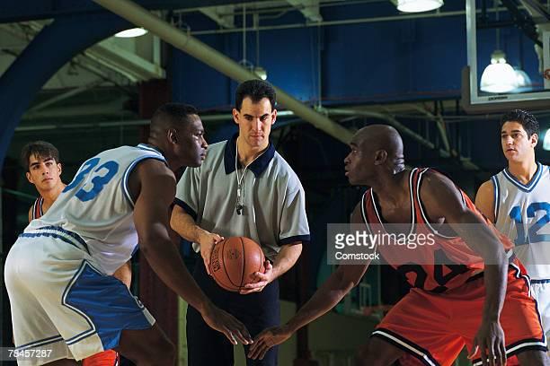 Basketball jump ball