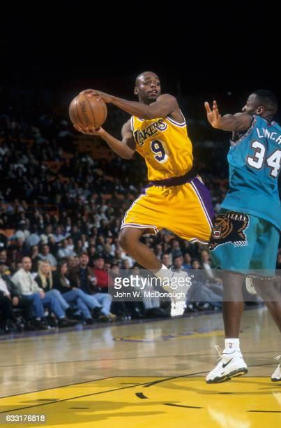 Los Angeles Lakers Nick Van Exel in action vs Vancouver Grizzlies at The Forum Inglewood CA CREDIT John W McDonough