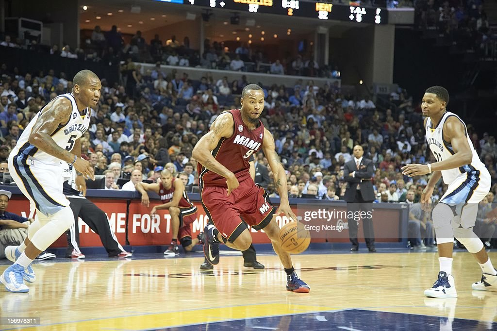 Miami Heat Rashard Lewis (9) in action vs Memphis Grizzlies Marreese Speights (5) at FedEx Forum. Greg Nelson F120 )
