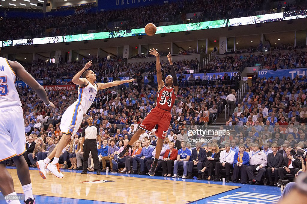 Miami Heat Ray Allen (34) in action, shooting vs Oklahoma City Thunder at Chesapeake Energy Arena. Greg Nelson F162 )