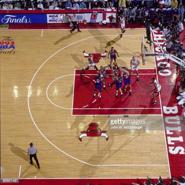 NBA Finals Aerial view of Chicago Bulls Michael Jordan in action vs Phoenix Suns Game 4 Chicago IL 6/16/1993 CREDIT John W McDonough