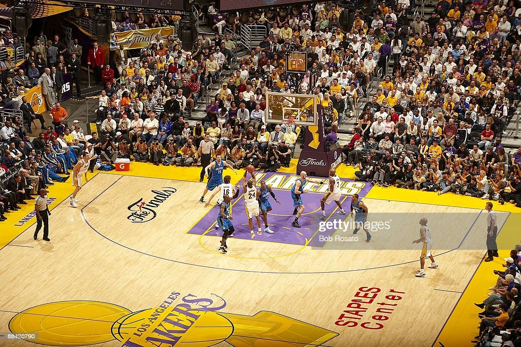 Aerial view of Los Angeles Lakers <a gi-track='captionPersonalityLinkClicked' href=/galleries/search?phrase=Kobe+Bryant&family=editorial&specificpeople=201466 ng-click='$event.stopPropagation()'>Kobe Bryant</a> (24) in action, shot vs Orlando Magic. Game 2. Los Angeles, CA 6/7/2009