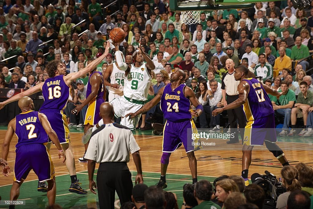 Boston Celtics Rajon Rondo (9) in action, shot vs Los Angeles Lakers. Game 5. Boston, MA 6/13/2010