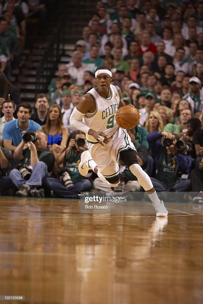 Boston Celtics Rajon Rondo (9) in action vs Los Angeles Lakers. Game 5. Boston, MA 6/13/2010