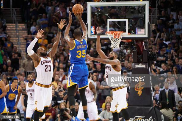 NBA Finals Golden State Warriors Kevin Durant in action vs Cleveland Cavaliers LeBron James at Quicken Loans Arena Game 4 Cleveland OH CREDIT Greg...