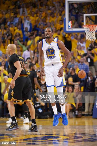 NBA Finals Golden State Warriors Kevin Durant victorious during game vs Cleveland Cavaliers at Oracle Arena Game 5 Oakland CA CREDIT John W McDonough
